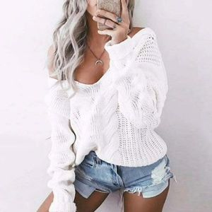 BOUTIQE SALE! Winter white cable knit sweaters